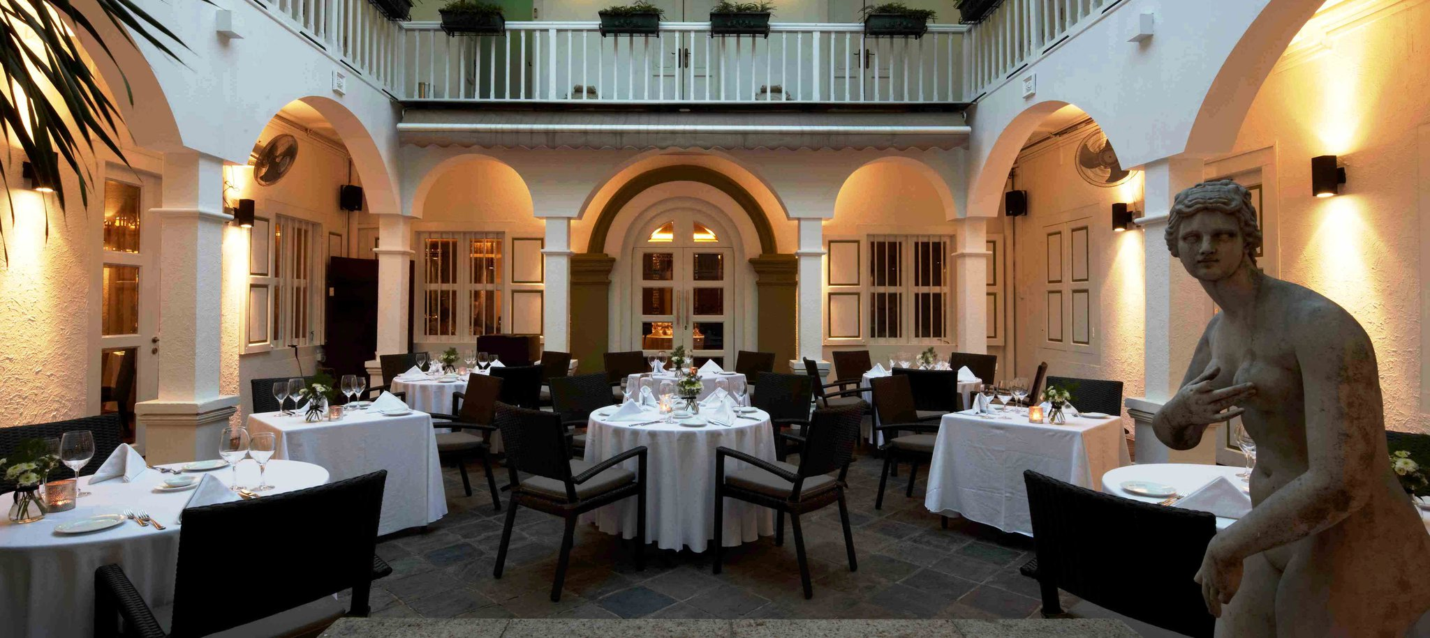 Best and most romantic restaurants for Valentine's day (2015)
