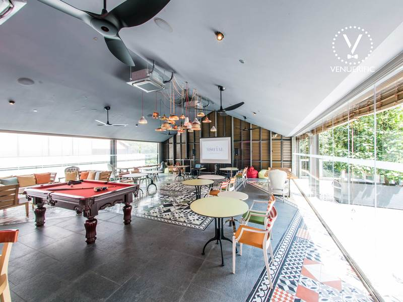 21st-party-event-venue-venurific-blog-beast-and-butterflies-pool-table