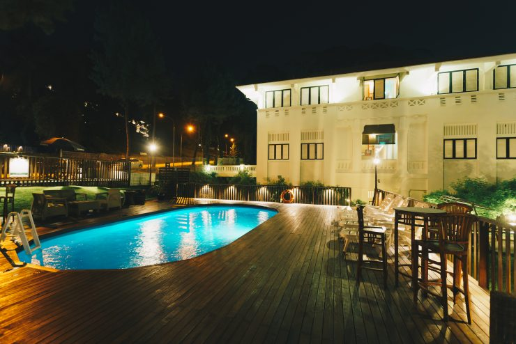 outdoor-pool-21st-birthday-party-venue-event-space-house-for-rent-venuerific-raintr33-hotel-singapore