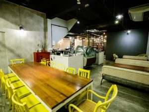 21st-birthday-party-venue-event-space-venuerific-on-the-table-singapore
