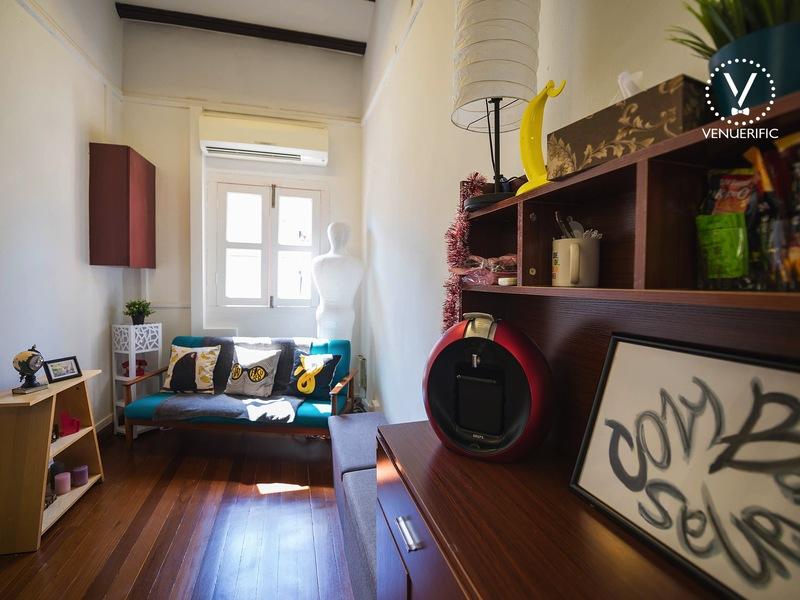 Baby-shower-parties-venuerific-blog-cozy-bananas-room