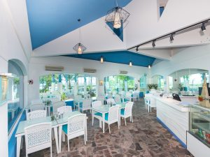 best-seafood-restaurants-singapore-venuerific-blog-sea-scent-indoor-dining-area-mediterranean-theme