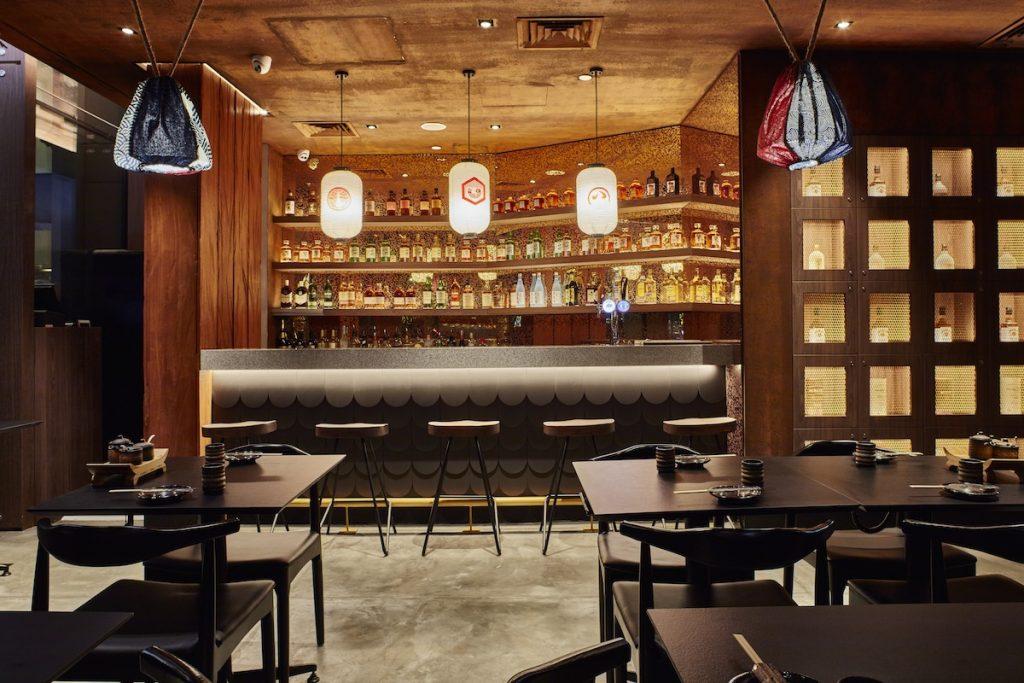 must-go-restaurant-venuerific-blog-kuro-izakaya-classy