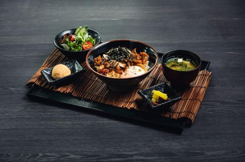 must-go-restaurant-venuerific-blog-kuro-izakaya-set-meal