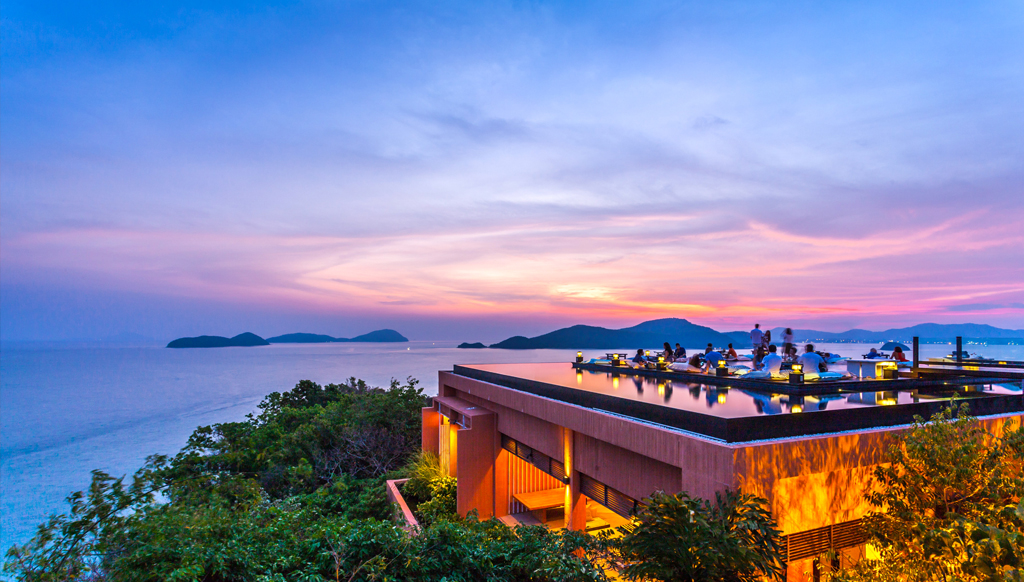 Breathtaking-rooftop-bar-asia-venuerific-blog-ba-ba-nest-sunset