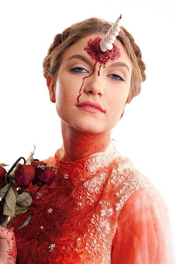 Halloween-costume-ideas-venuerific-blog-unicorn-makeup