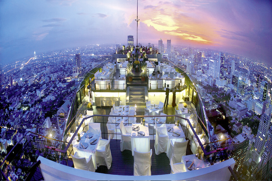 Breathtaking-rooftop-bar-asia-venuerific-blog-vertigo-rooftop-bar