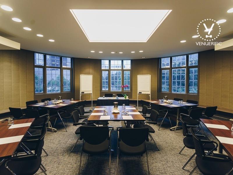 Host-meeting-venuerific-blog-maxwell-chambers-meeting-room