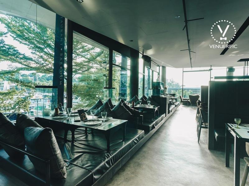 Host-meeting-venuerific-blog-museo-restaurant-barroom-sofa