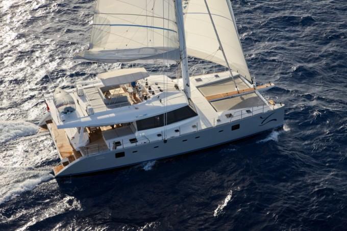 unique-bridal-shower-venuerific-blog-luxury-yacht