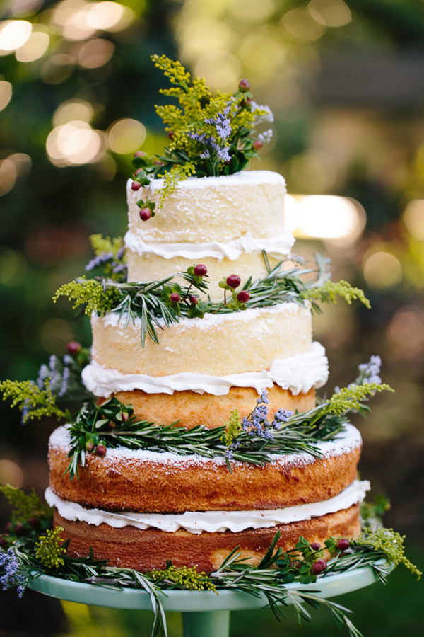 bohemian-wedding-venuerific-blog-wedding-pretty-fruit-cake