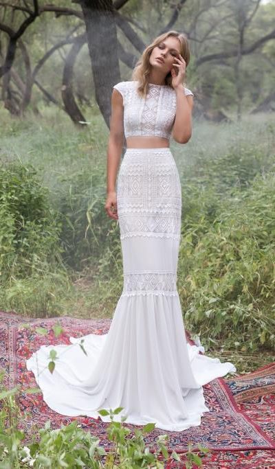 bohemian-wedding-venuerific-blog-wedding-dress