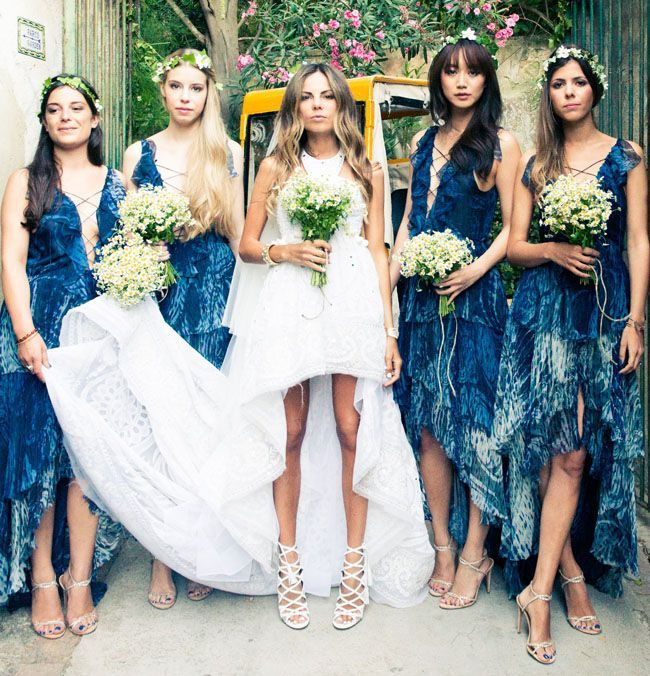 bohemian-wedding-venuerific-blog-bridemaids-blue-colour-dresses