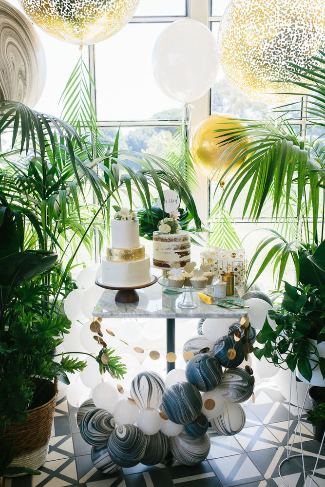 baby-shower-themes-venuerific-blog-tropical-white-gold-cake
