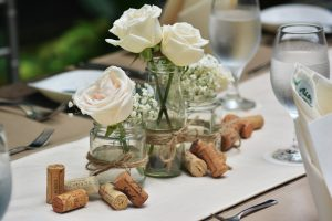 21st-birthday-bash-venuerific-blog-decor-white-flowers