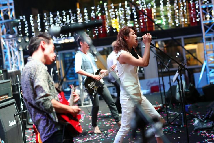 Live Band Performances at the Great Christmas Village Singapore