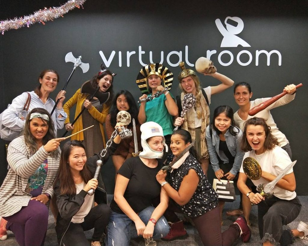 unique-team-bonding activities-venuerific-blog-virtual-room-group-bonding