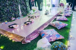 venuerific-5th-year-anniversary-venuerific-blog-a-starry-starry-night-purple-table