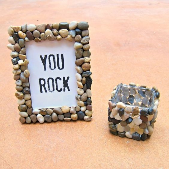 DIY-gift-ideas-venuerific-blog-photo-frame