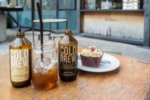 best-coffee-places-venuerific-blog-chye-seng-huat-hardware-delicious-pretty-cake