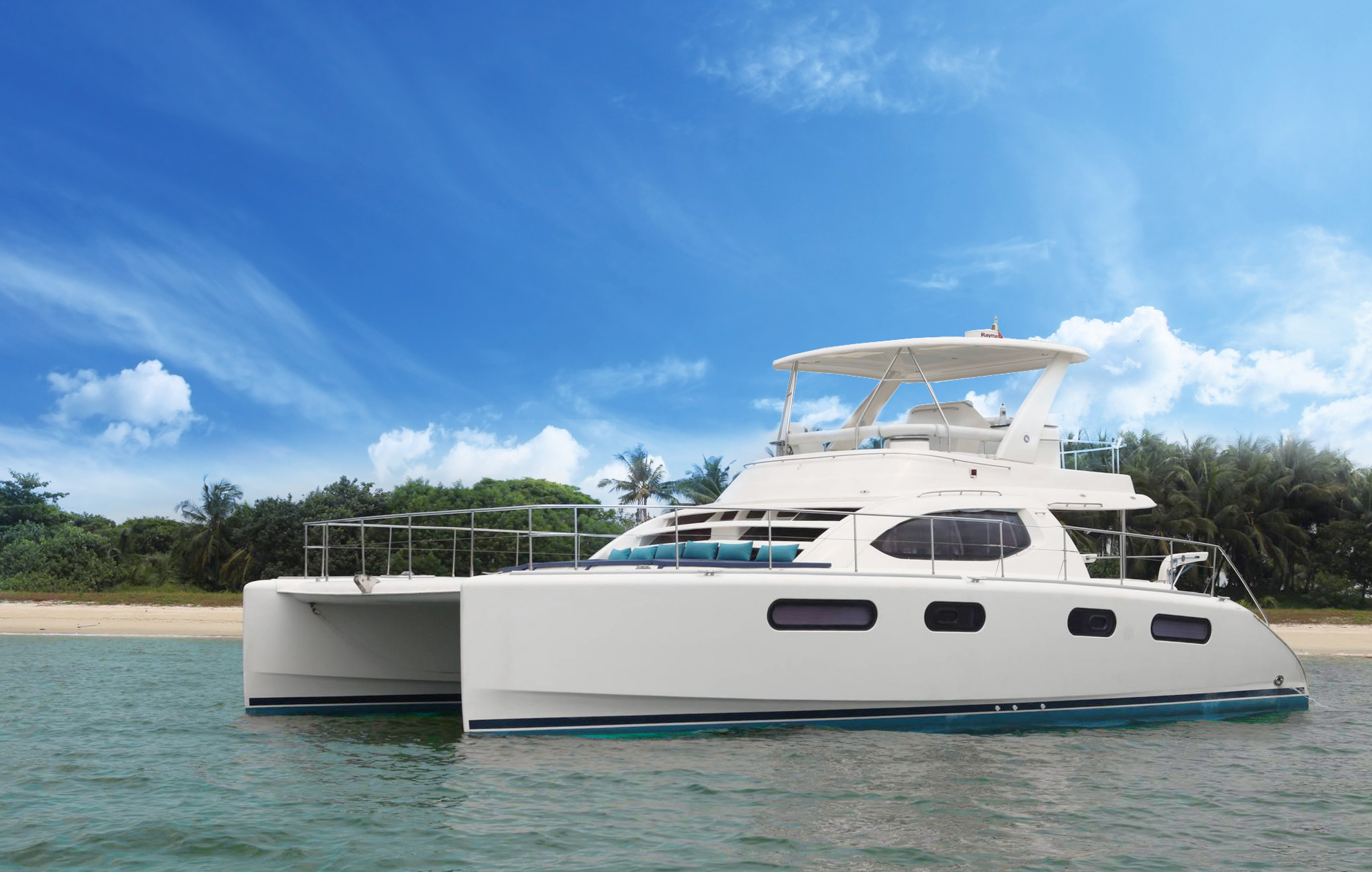 Unique-wedding-location-venuerific-blog-mikanna-luxury-yacht