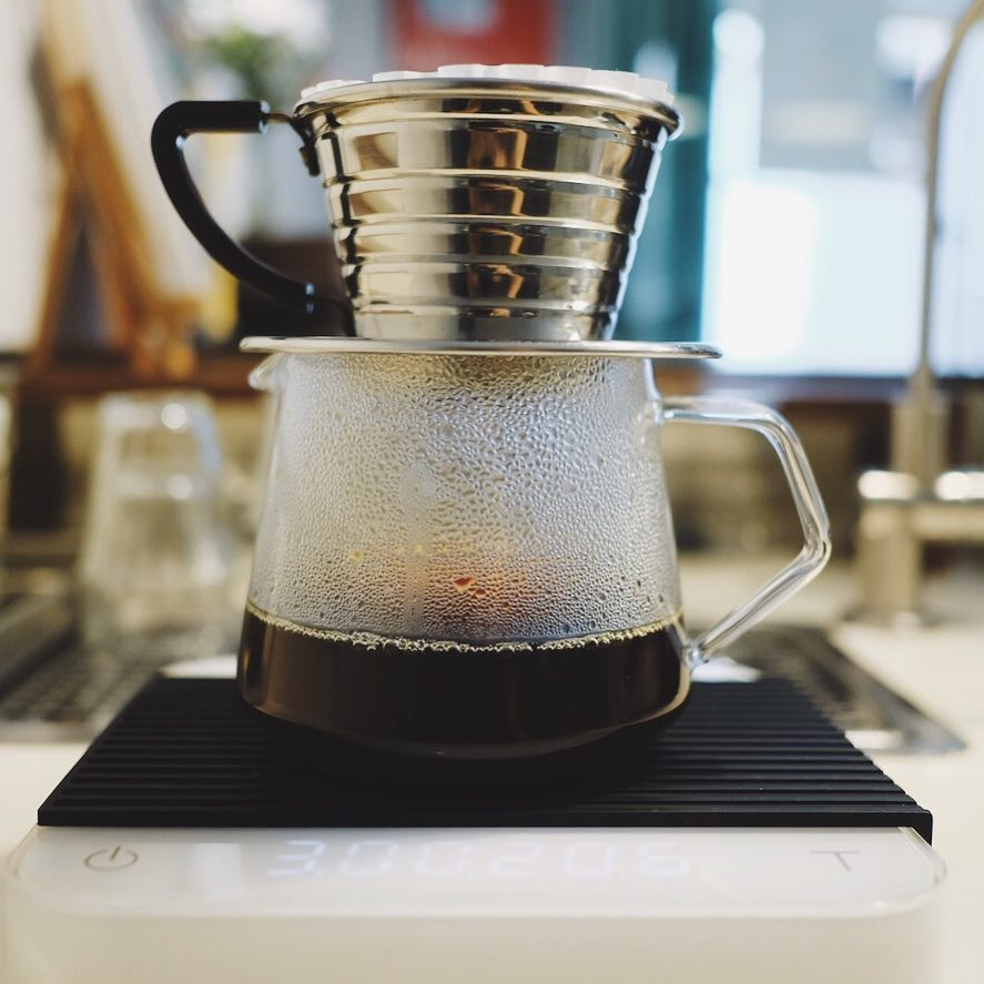 best-coffee-places-venuerific-blog-nylon-coffee-roasters-drip-coffee