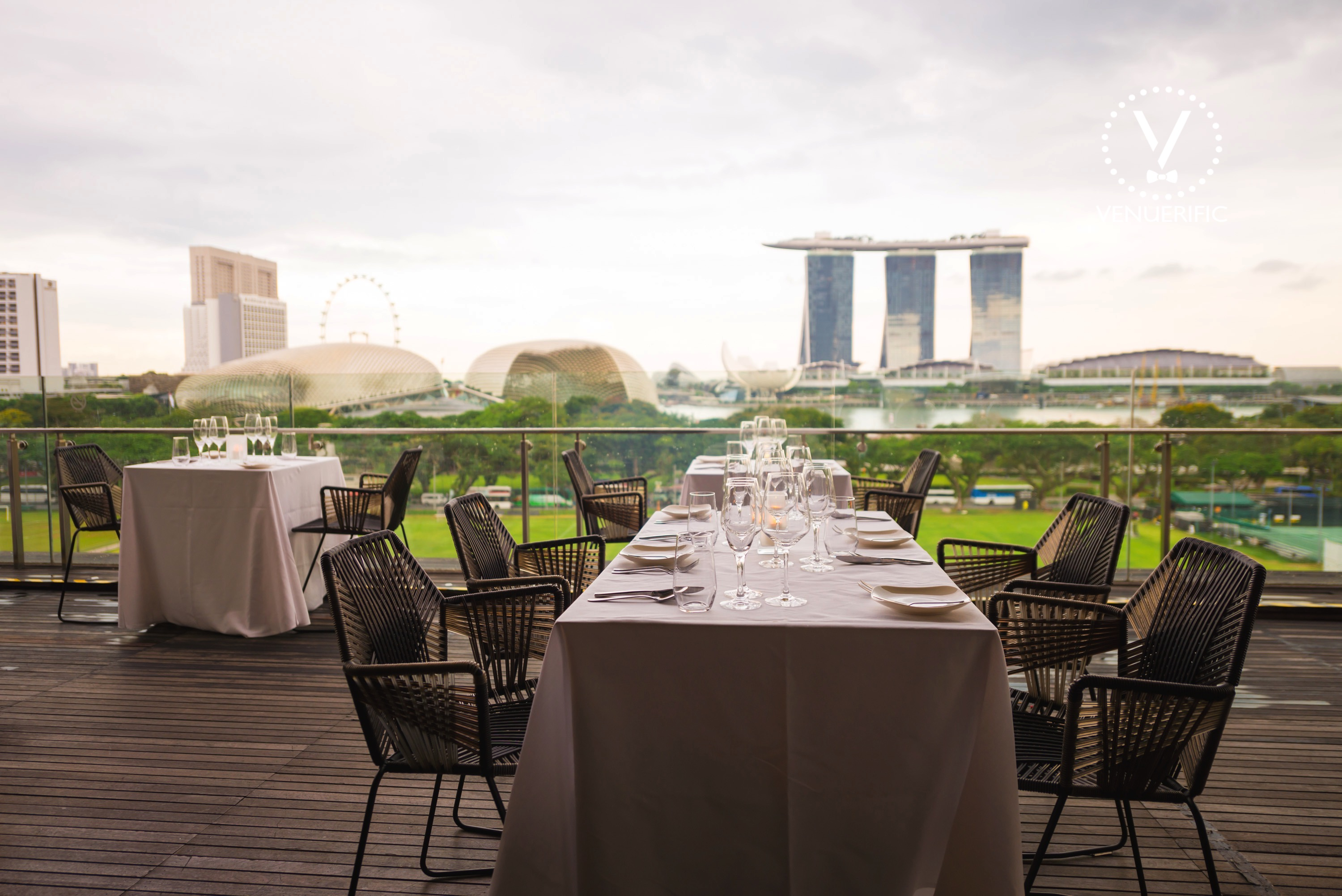 smoke-and-mirrors-outdoor-lounge-unique-wedding-venues-singapore