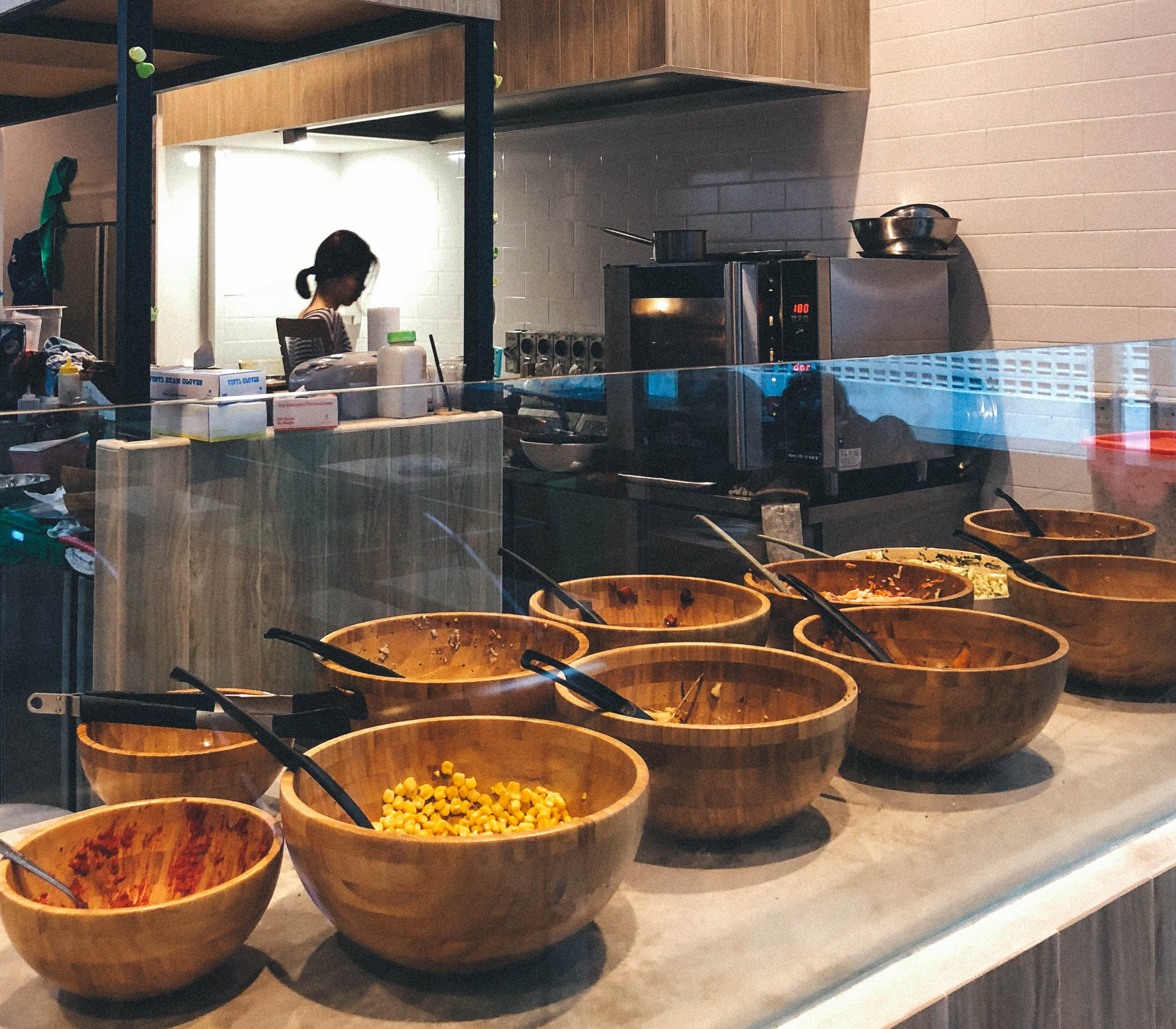 Hotspots-for-vegetarians-venuerific-singapore-avorush-salad-bar