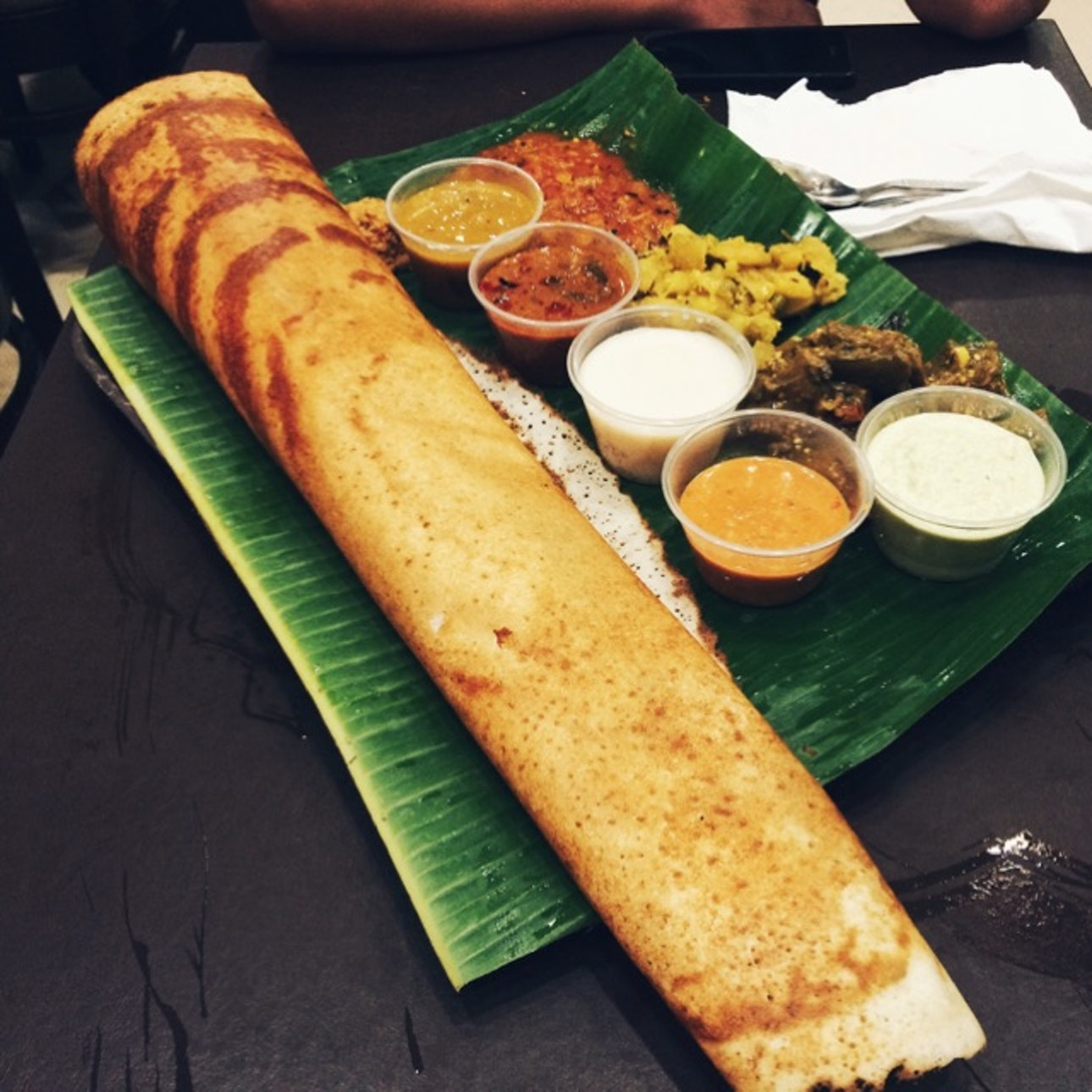Hotspots-for-vegetarians-venuerific-singapore-komala-vilas-restaurant-thosai