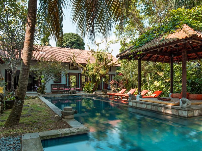 Outdoors-Unique-Event-Space-Villa-Paradiso-Singapore-venuerific-blog