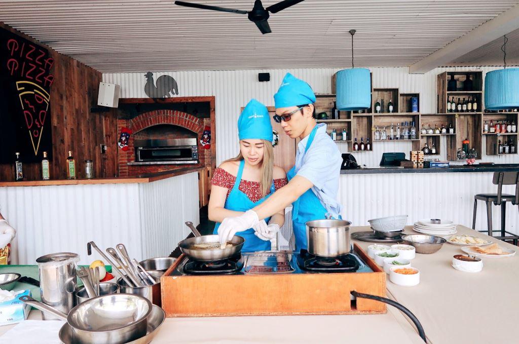 team-bonding-venuerific-blog-batam-cooking-class
