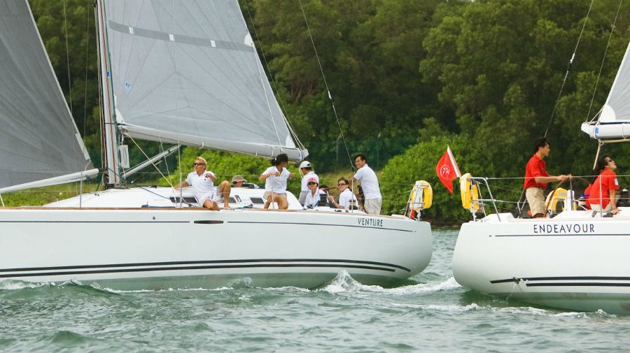 team-bonding-venuerific-blog-singapore-sailing boat