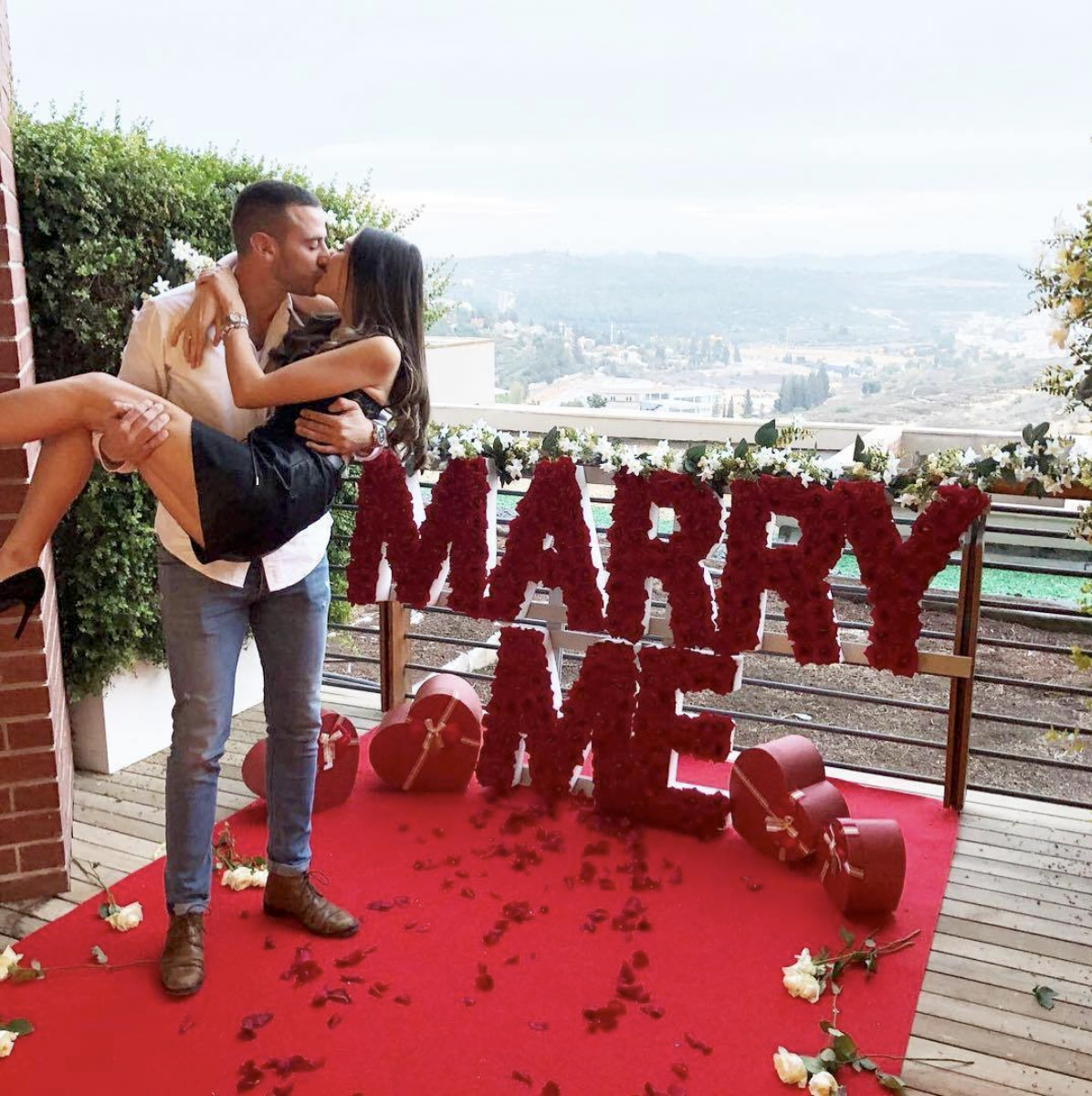 surprise-proposal-with-a-view