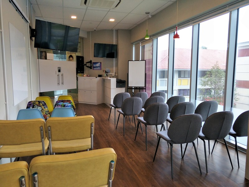 Affordable-training-seminar-rooms-venuerific-singapore-Project-central