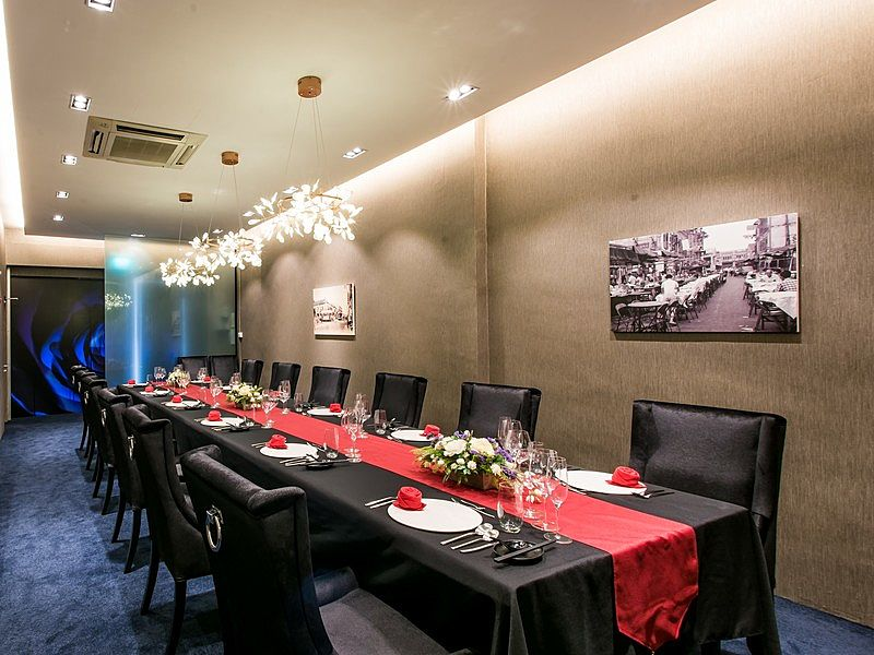 venuerific venue, subrosa dining with private dining area