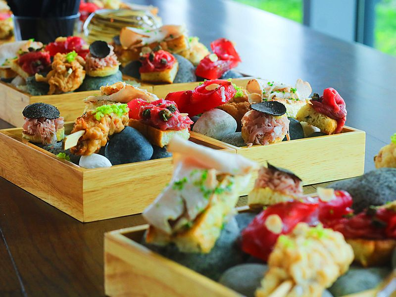 zafferano italian restaurant & lounge finger food and canapes
