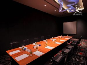 Small meeting room rent in Changi area Singapore