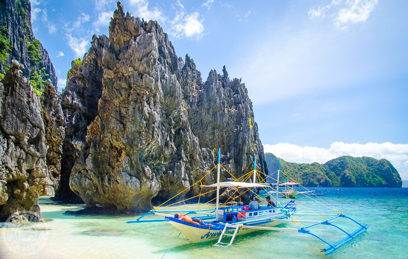 Famous for its limestone cliffs and blue crystal clear water, El Nido, Palawan Island, Phillipines