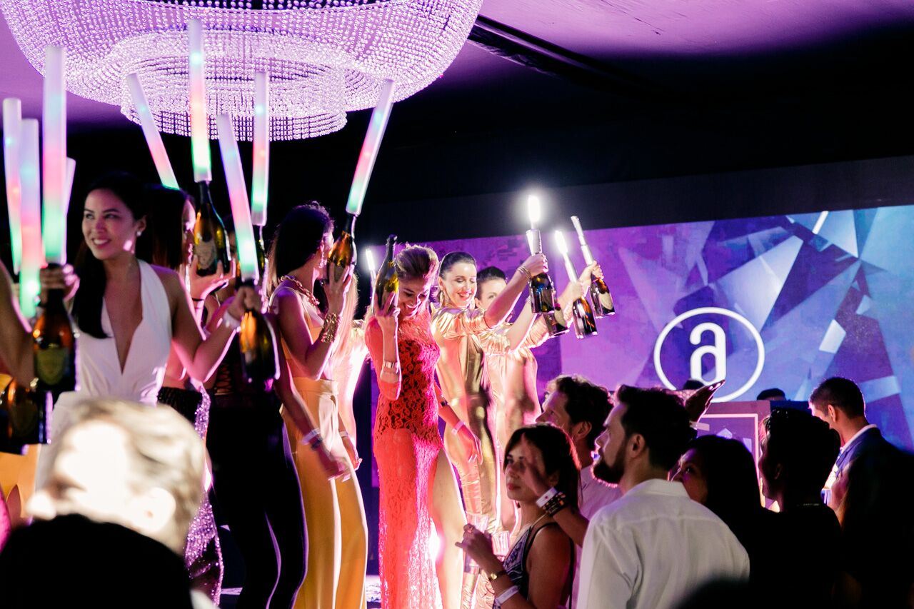 grand prix after party ambience from amber lounge singapore
