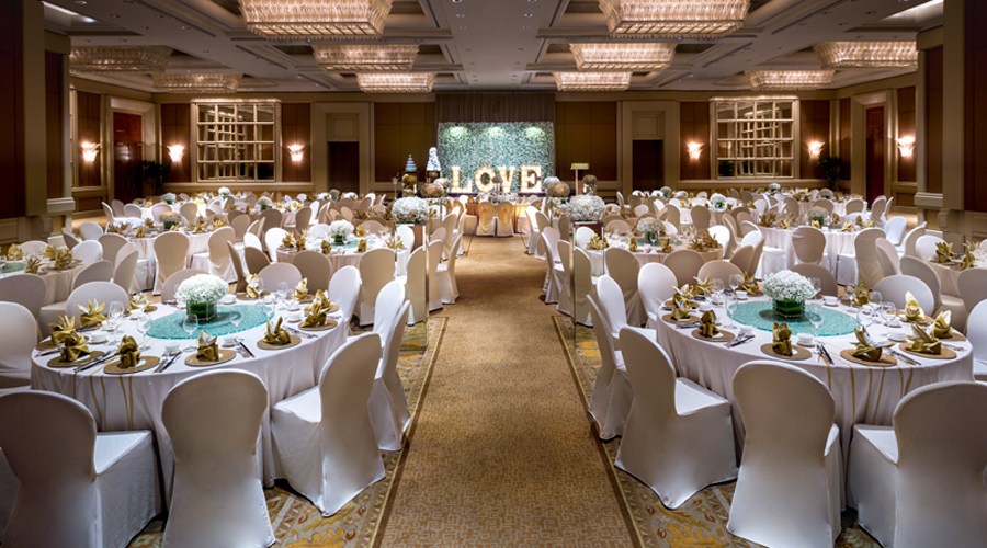 lavish furnishing and sparkling chandeliers conrad singapore