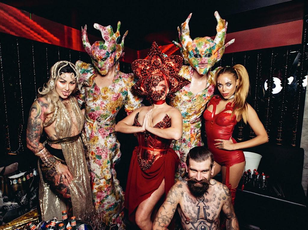dirty circus, halloween party singapore, halloween costume, ce la vi, venuerific venue