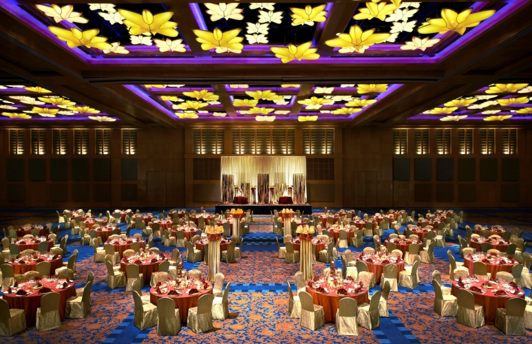 Resort world sentosa ballroom singapore wedding party