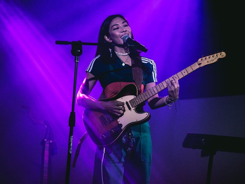 Narelle Kheng singing up a storm