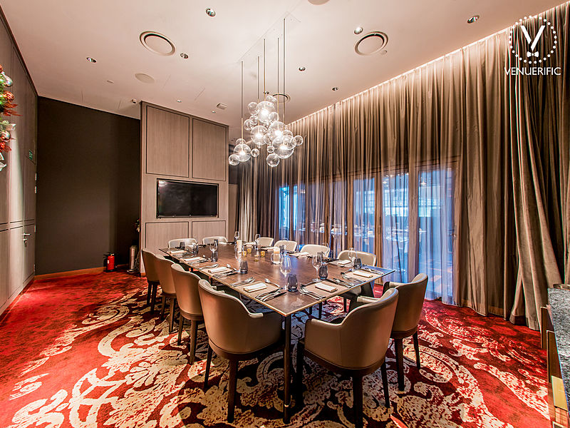 classy dining room for less than 10 people
